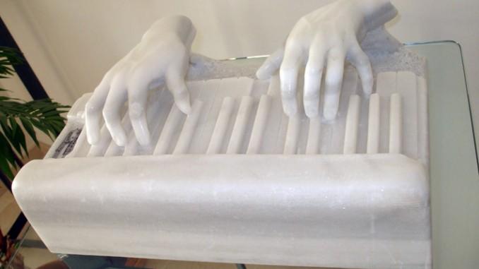 Ivan Cohen sculpted Piano